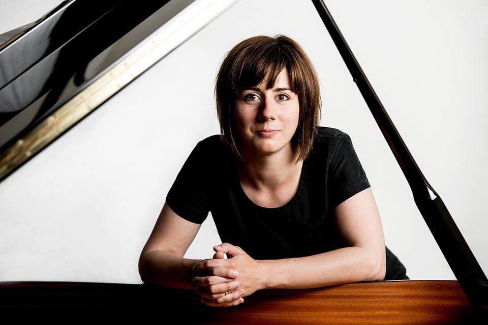 brighton-portrait-photographers-pianist-helen-burford