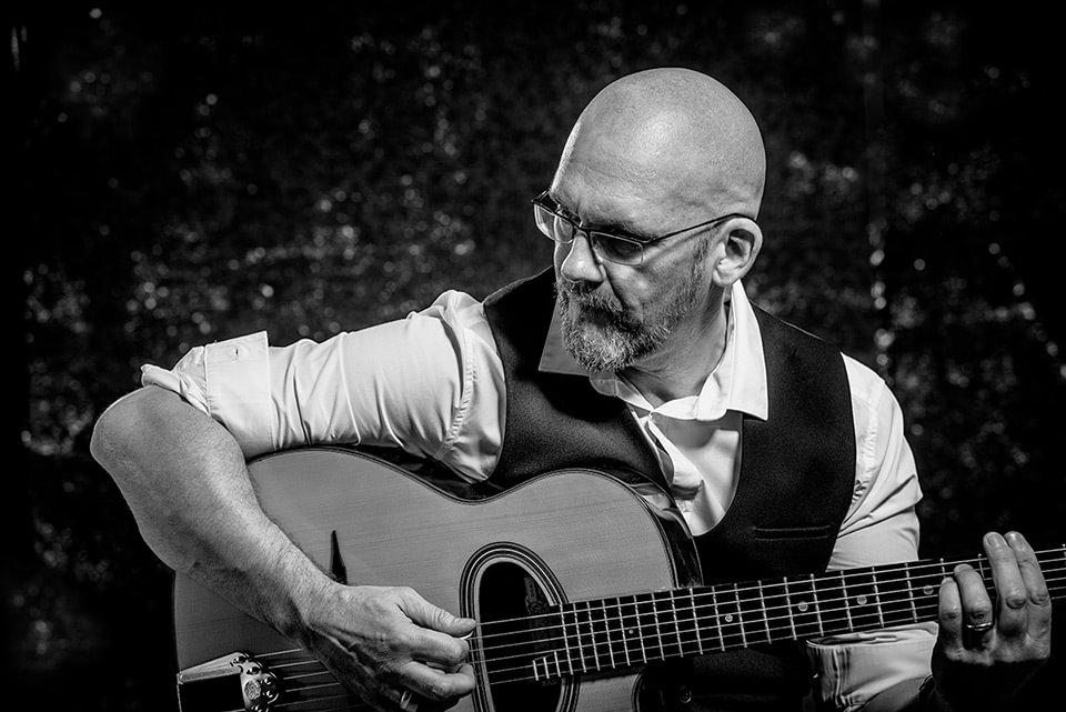 brighton-guitarist-photographers-sussex-sheboshka